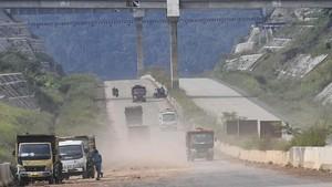 Proyek Jalan Tol Cisumdawu Terganjal Pembebasan Lahan