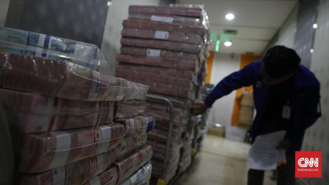 Likuiditas Mengetat, Bank Mulai Rem Aliran Kredit