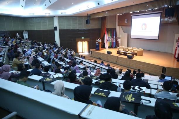 Deputi Kemenpora Dorong Tumbuhnya Interpreuner Muda