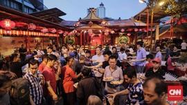 FOTO: Menikmati Buka Puasa Bersama di Petak Sembilan