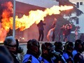 Demonstran Lempar Bom ke Kantor PM Albania