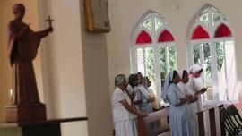 FOTO : Langkah Ibadah Umat Katolik Sri Lanka Hapus Duka Teror
