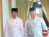 Jokowi Disebut Lebih Betah Bertemu Bamsoet daripada Airlangga
