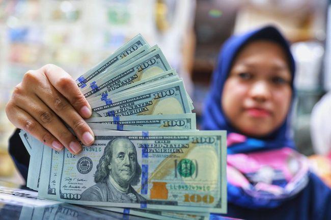 Rupiah Taklukkan Mata Uang Dunia Kecuali Yen
