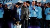 Kejeniusan manajer Manchester City Pep Guardiola mampu membuat timnya tampil konsisten di Liga Inggris hingga meraih juara musim ini. (Reuters/Carl Recine)