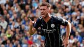 Bek tengah Manchester City Aymeric Laporte jadi sosok yang tepat menemani Virgil van Dijk di lini belakang. Ia ikut mencetak satu gol saat Man City mengalahkan Brighton & Hove Albion. (Reuters/John Sibley)