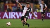 Paulo Dybala semakin tidak mendapatkan tempat di Juventus dan MU dikabarkan bisa mendapatkan pemain asal Argentina itu dengan harga yang cukup murah. (REUTERS/Alberto Lingria)