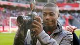 Daily Mirror mengklaim MU sudah mempersiapkan £45 juta untuk mendapatkan gelandang Nicolas Pepe dari Lille. (REUTERS/Pascal Rossignol)