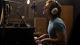 Taron Egerton Sejuta Persen Jadi Elton John di 'Rocketman'