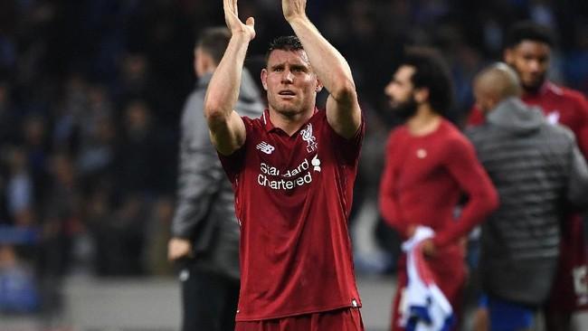 Datang sebagai pemain bebas transfer ke Liverpool empat tahun lalu, James Milner kembali memasuki akhir masa kontrak. (Paul ELLIS/AFP)