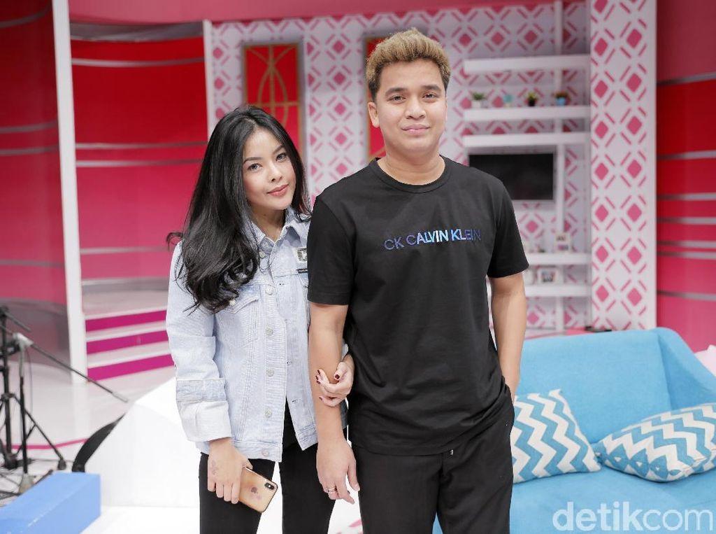 Billy Syahputra dan Elvia Cerolline saat ditemui di studio Trans TV, Kapten Tendean, Jakarta Selatan belum lama ini.
