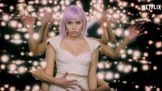 Netflix Akan Rilis Video Musik 'Black Mirror' Miley Cyrus