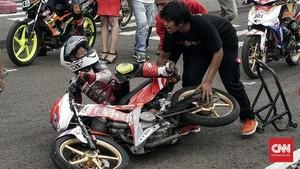 FOTO: Melihat dari Dekat Road Race Indonesia