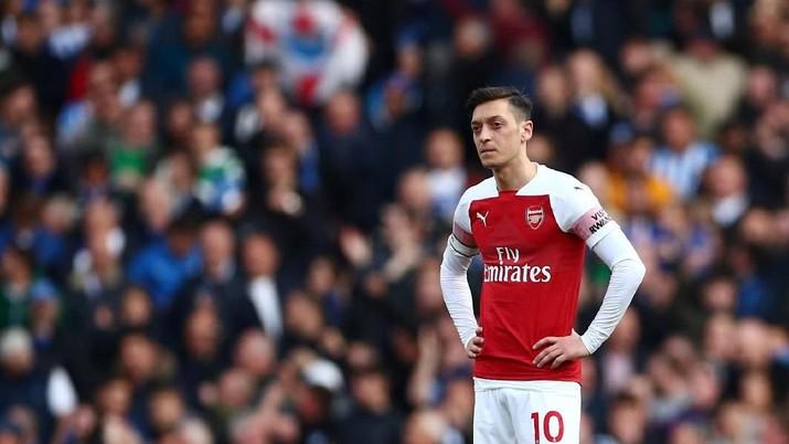 Untuk merekrut pemain baru, Arsenal butuh modal besar.