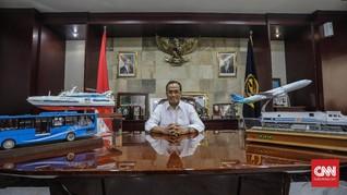 Kiprah Menteri Budi Karya Benahi Ojol dan Mobil Listrik