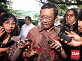 Kerabat Jadi Saksi Prabowo, Mahfud Berpesan untuk Adu Ilmu