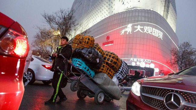 Produksi Pabrik di China Terpukul, Sentuh Level Terendah