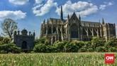 Raja Inggris William I (William the Conqueror) membangun kastel ini untuk melindungi rakyatnya dan Sungai Arun--yang menjadi sumber daya alam utama Arundel, dari serangan Prancis. (CNN Indonesia/Ardita Mustafa)