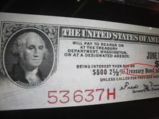 Investor Lepas Saham, Obligasi Pemerintah Cenderung Menguat
