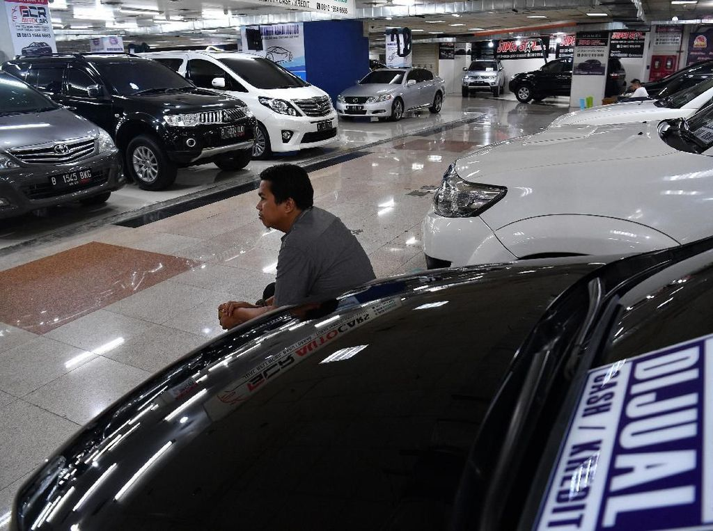 Manajer Pemasaran Senior WTC Mangga Dua Herjanto Kosasih menyatakan penjualan mobil bekas menjelang mudik Lebaran.
