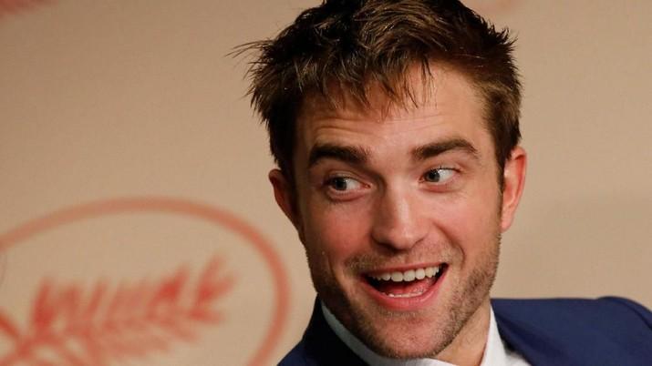 Gantikan Ben Affleck, Robert Pattinson Jadi Batman Terbaru?