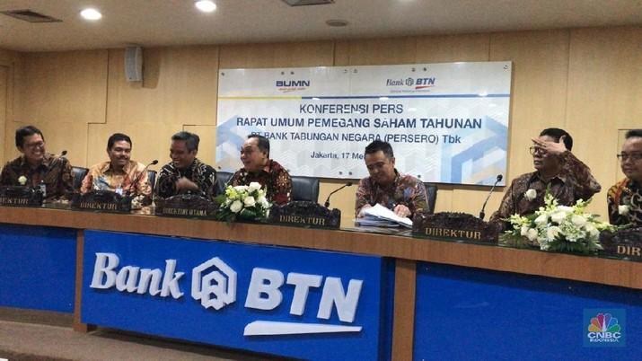 BTN ganti dua komisaris dan tak perpanjang masa jabatan satu direksi.