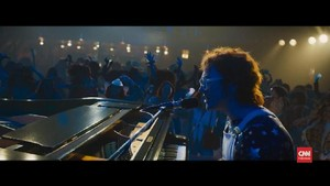 VIDEO: 'Rocketman' Disambut Tangis Elton John di Cannes 2019