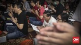 Menurut pengurus Wihara Ekayana Arama, sebanyak10 ribu umat datang untuk beribadah merayakan Hari Raya Waisak tahun ini. (CNN Indonesia/ Hesti rika)