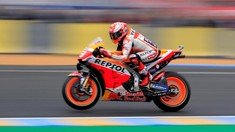 Marquez Pole Position, Rossi Start ke-18 di MotoGP Italia