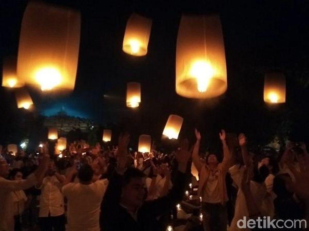 Foto: Saat Langit Borobudur 'Bercahaya'