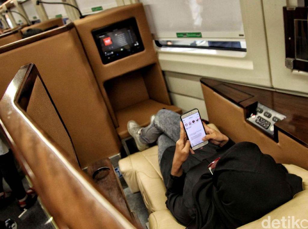 Pemudik juga bisa merasakan nyamannya pakai kereta mewah, sleeper train bertarif Rp 1,5 juta Istimewa.