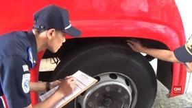 VIDEO: Uji Kelaikan Angkutan Umum Jelang Mudik di Sumedang