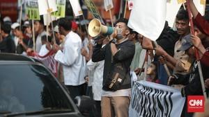 Jangan 'Goyang' Ekonomi dengan Ancaman People Power