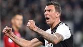 Penyerang Juventus, Mario Mandzukic, mencetak gol pertamanya di Liga Italia pada 2019. Pemain asal Kroasia terakhir kali mencetak gol melawan AS Roma, Desember 2018. (REUTERS/Massimo Pinca)