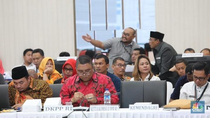 Badan Pemenangan Nasional (BPN) Prabowo-Sandi menyatakan tidak mengakui hasil rekapitulasi suara nasional Pemilihan Umum Presiden 2019.
