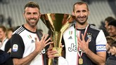 Andrea Barzagli, Giorgio Chiellini, dan Leonardo Bonucci sudah main bersama di Juventus sejak 2011. Dengan pensiunnya Barzagli, maka trio BBC Juventus resmi bubar. (REUTERS/Massimo Pinca)