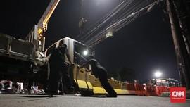 Polisi Sebut Sterilisasi Jalan Depan KPU untuk Pengamanan