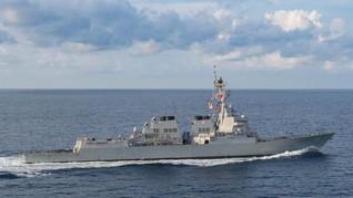 Dua Kapal Angkatan Laut AS Berlayar di Selat Taiwan