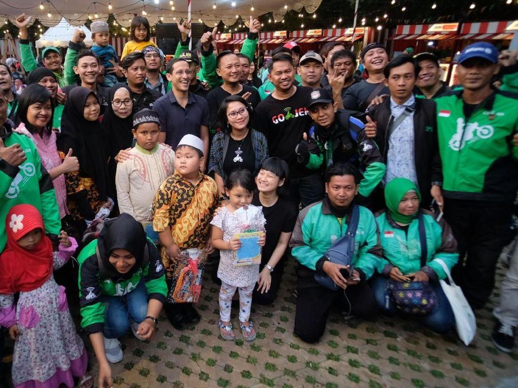 Acara ini sekaligus menjadi puncak rangkaian GOJEK Berbagi Berkah bersama 10.000 anak yatim piatu dan mitra driver beserta keluarga di seluruh Indonesia.