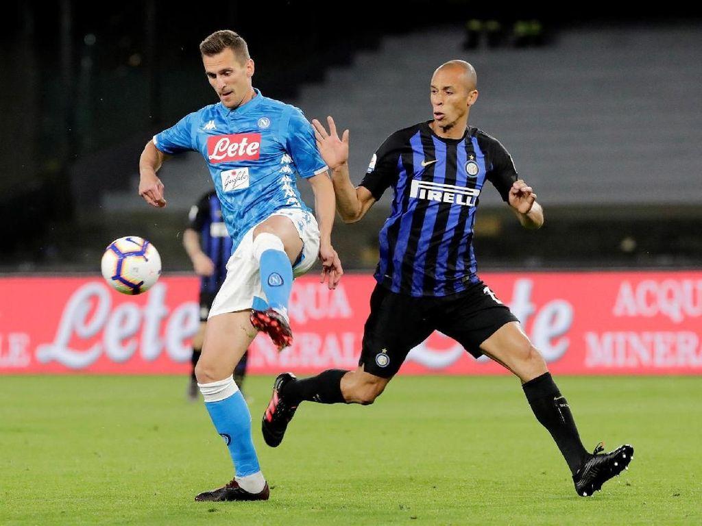Napoli dan Inter Milan bertanding di San Paolo, Senin (20/5/2019) dinihari WIB. Reuters/Ciro De Luca.