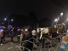 Jalan di KPU Steril Dilengkapi Kawat Berduri, Polisi Berjaga