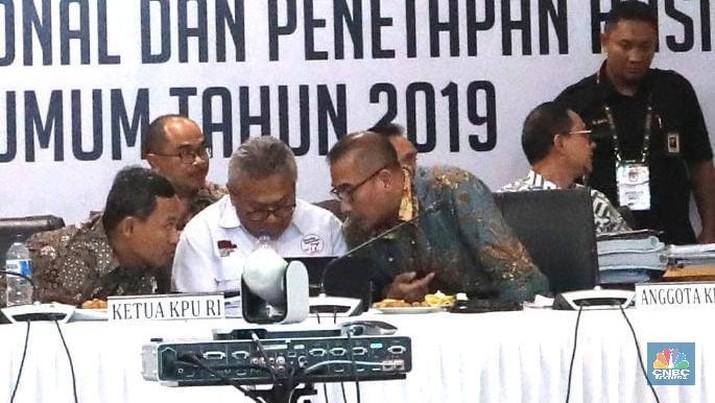 Komisi Pemilihan Umum (KPU) akhirnya menuntaskan rekapitulasi suara tingkat nasional untuk Pemilihan Presiden (Pilpres) 2019, Selasa (21/5/2019) dini hari.