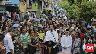 Jokowi Minta Izin Anies Lanjutkan Proyek Kampung Deret