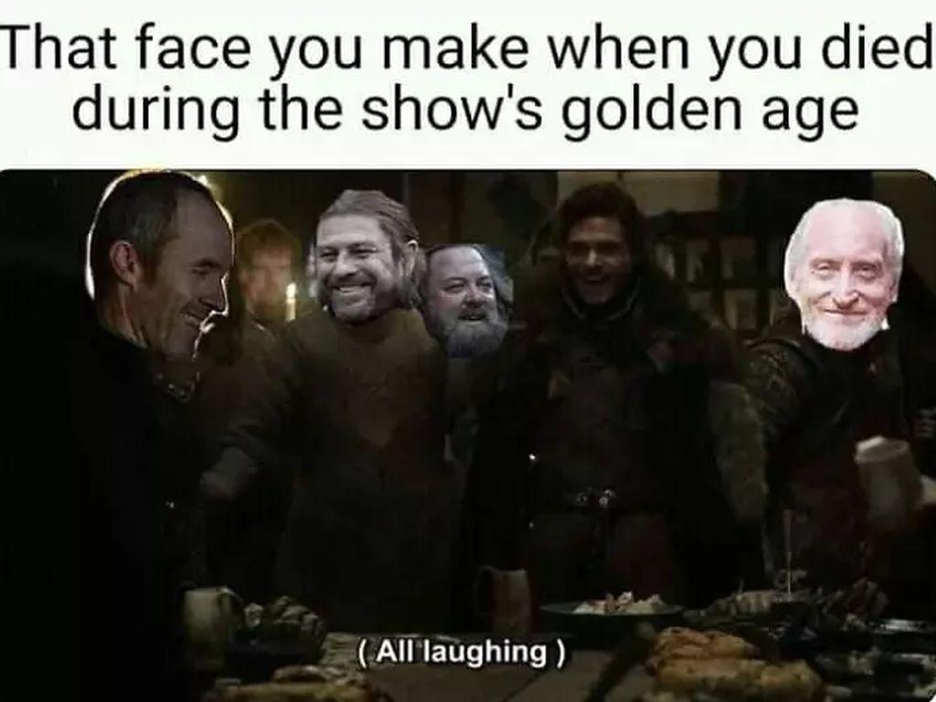Saking kecewanya fans Game of Thrones, karakter yang sudah dijemput ajal padamusim-musimlalu pun dianggap tersenyum penuh bahagia karena lakon mereka sudah tamat pada era keemasan.(Foto: Boredpanda.com)