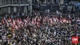 Akibat aksi unjuk rasa di depan Gedung Bawaslu tersebut, arus lalu lintas di wilayah sekitarnya pun menjadi tersendat.(CNN Indonesia/Adhi Wicaksono)