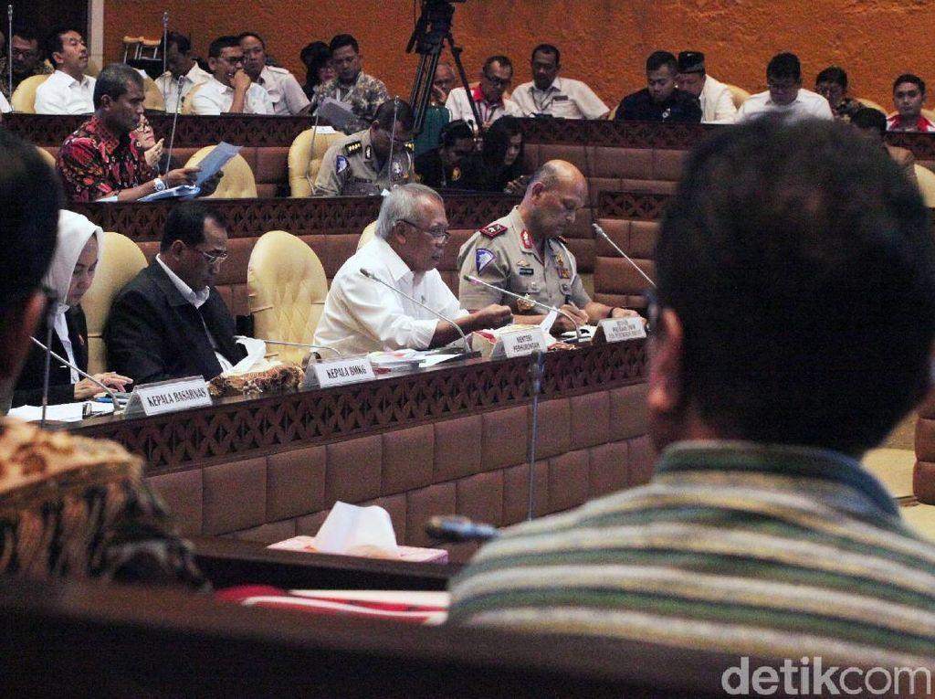 Komisi V Raker dengan Menhub & Menteri PUPR Bahas Mudik 2019