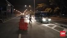 Belasan Mobil Angkut Massa 22 Mei dari Madura Diadang Polisi