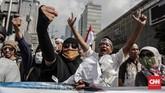 Para massa pedemo menolak hasil yang telah diumumkan Komisi Pemilihan Umum (KPU) pada Selasa (21/5) dini hari bahwa Paslon nomor urut 01 Joko Widodo-Ma'ruf Amin mengalahkan jagoan mereka, paslon nomor urut 02 Prabowo Subianto-Sandiaga Uno. (CNN Indonesia/Safir Makki)