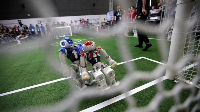 Kompetisi ini diselenggarakan untuk menumbuhkan kecerdasan buatan (AI) dan penelitian di ranah robotik. (REUTERS/Jason Lee)