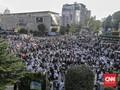 FOTO: Aksi Tolak Hasil Pemilu di Depan Bawaslu